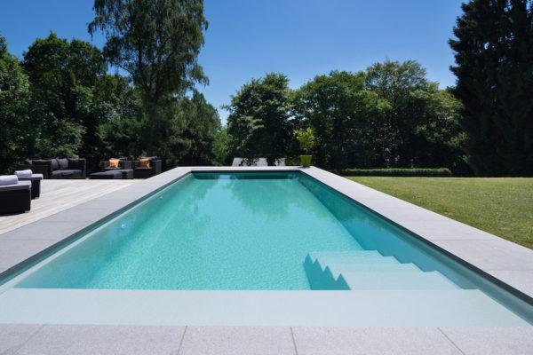 Une piscine aux Antilles ? Bien anticiper la construction.